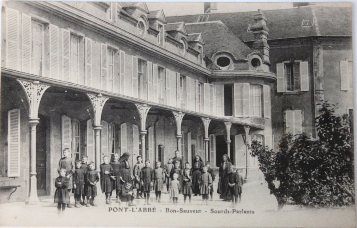 Photo of Institution des sourds-muets à Picauville